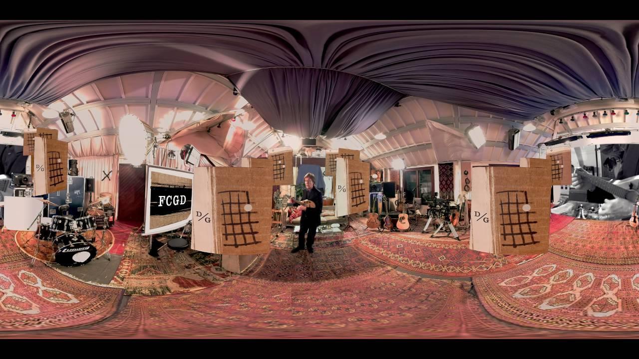 Серия документальных VR фильмов выпущена с альбомом Пола Маккартни