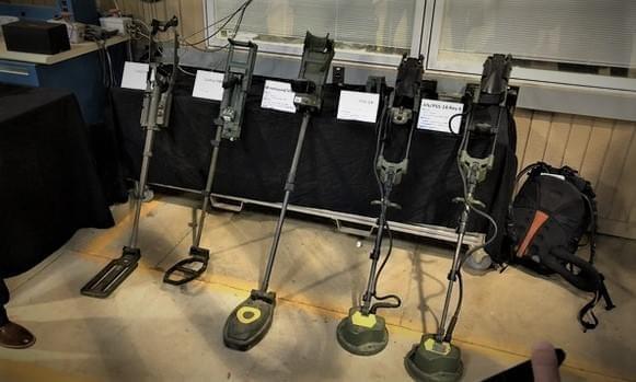 Армия США будет использовать AR для поиска мин на поле битвы