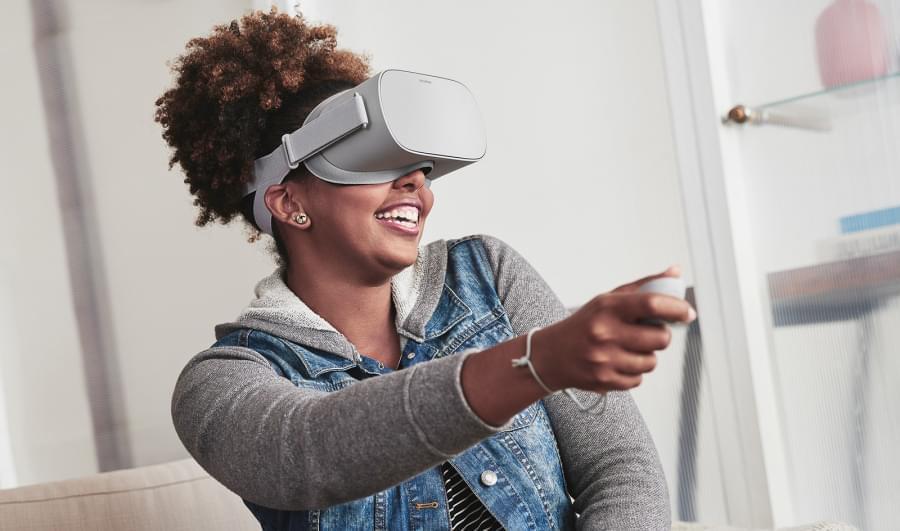 Конференция инвесторов: Facebook продолжит активно инвестировать в VR и AR