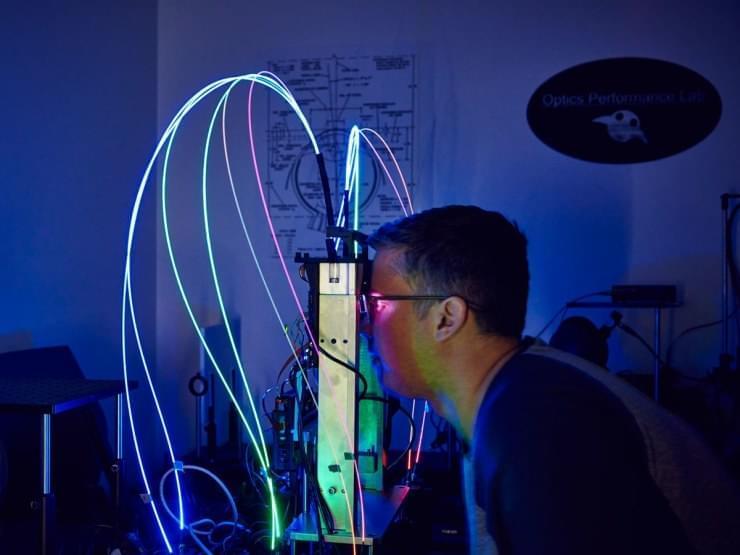 Основатель Oculus Палмер Лаки описывает Magic Leap One, как трагедию