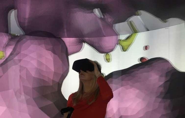 Виртуальная реальность позволяет побывать внутри взорвавшейся звезды