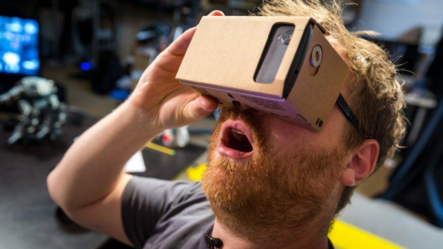 Лучшие VR гарнитуры для порно