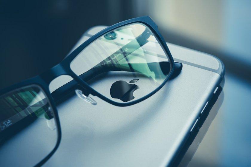 Сотрудники Apple встретились на CES 2019 с поставщиками AR волноводов