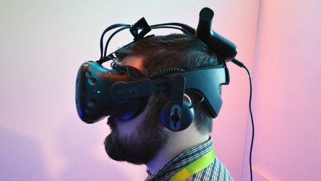 DisplayLink показывает типовой дизайн беспроводного адаптера для Oculus Rift