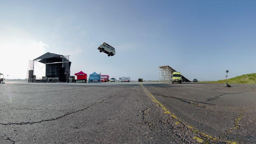 Top Gear выпускает захватывающие ролики в 360-градусном формате