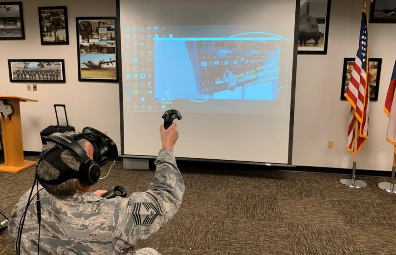 22-летний разработчик иммерсивных обучающих программ заключил контракт с ВВС США