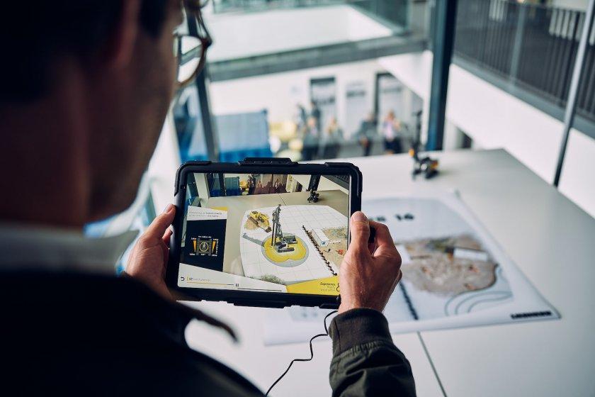 Производитель строительной техники Liebherr выпустил AR-приложение