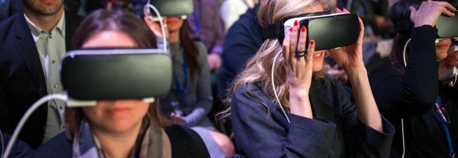 По данным SuperData пользователи потратят $ 1,1 млрд на VR-контент