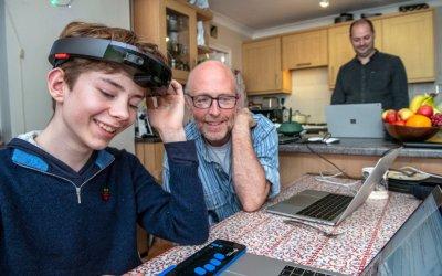 Проект Tokyo от Microsoft помогает слепым при помощи AR и Hololens