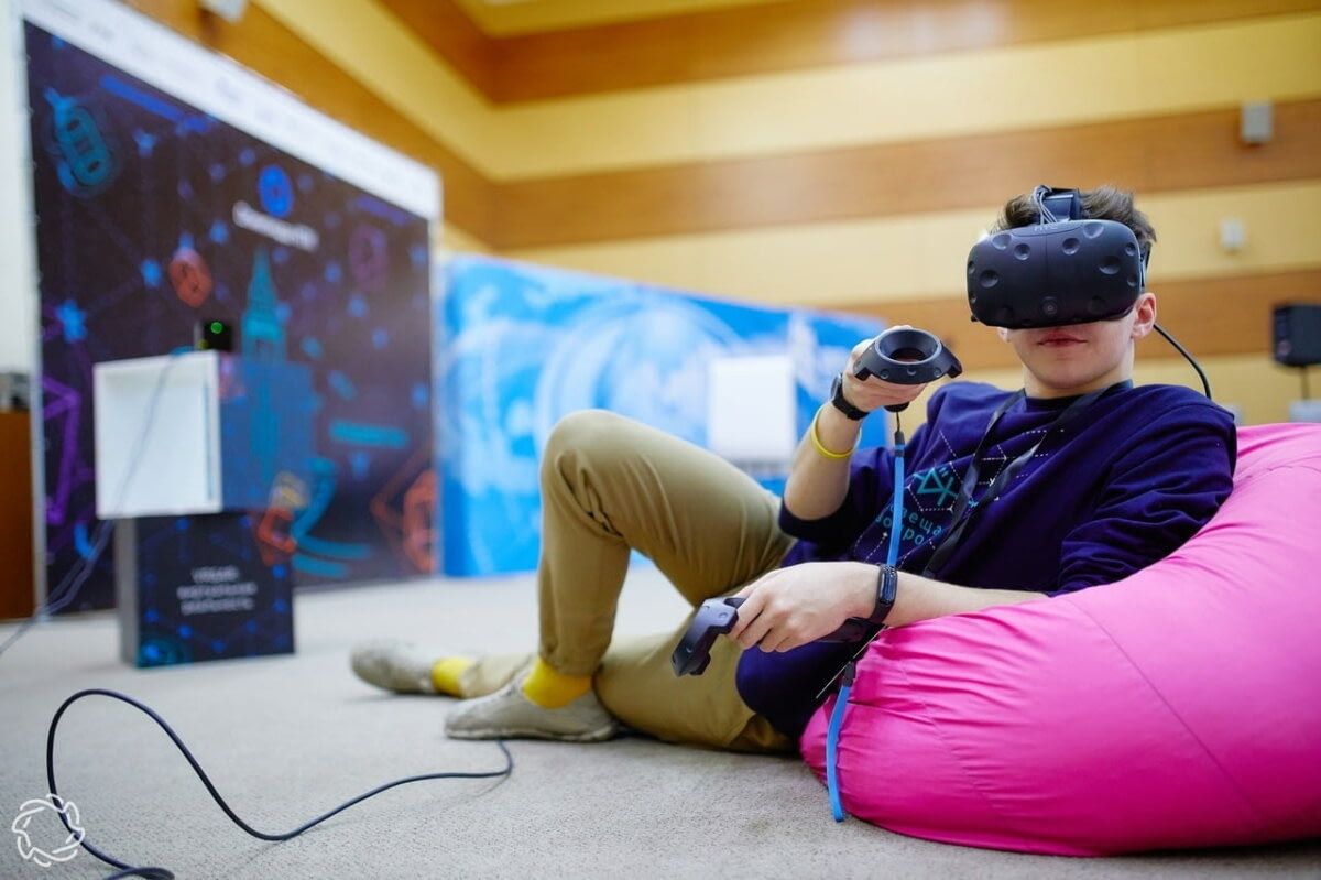 15 VR- и AR-приложений для школ: обзор российского рынка