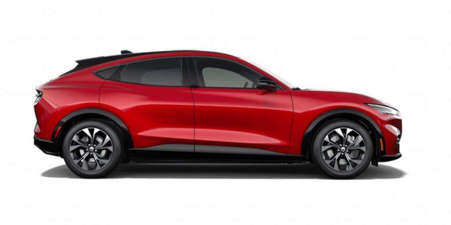 Обслуживание новых автомобилей Mustang Mach-E при помощи виртуальной реальности