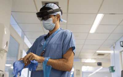 Крупнейший медицинский центр Великобритании использует Microsoft Hololens для защиты врачей при лечении пациентов с коронавирусом