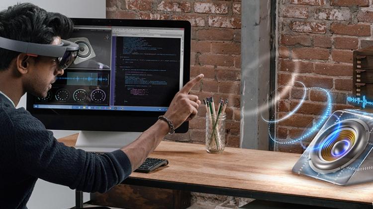 Выход HoloLens V3 от Microsoft намечен на 2019 год