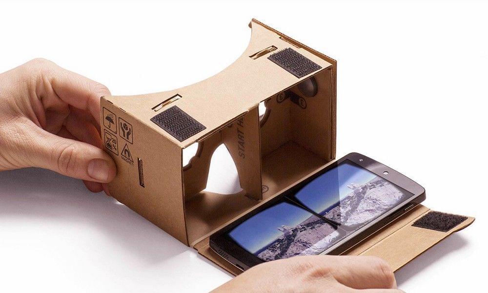 собственности очков виртуальной реальности для смартфона